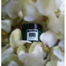 Cream moisture collagen boosting VITAMIN E