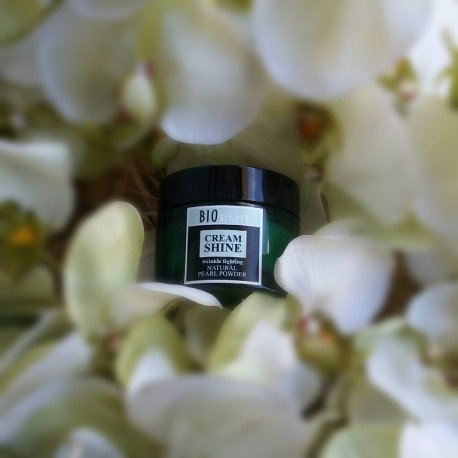Cream shine Wrinkle fighting NATURAL PEARL POWDER